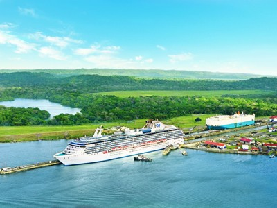 Coral Princess, Panama Canal